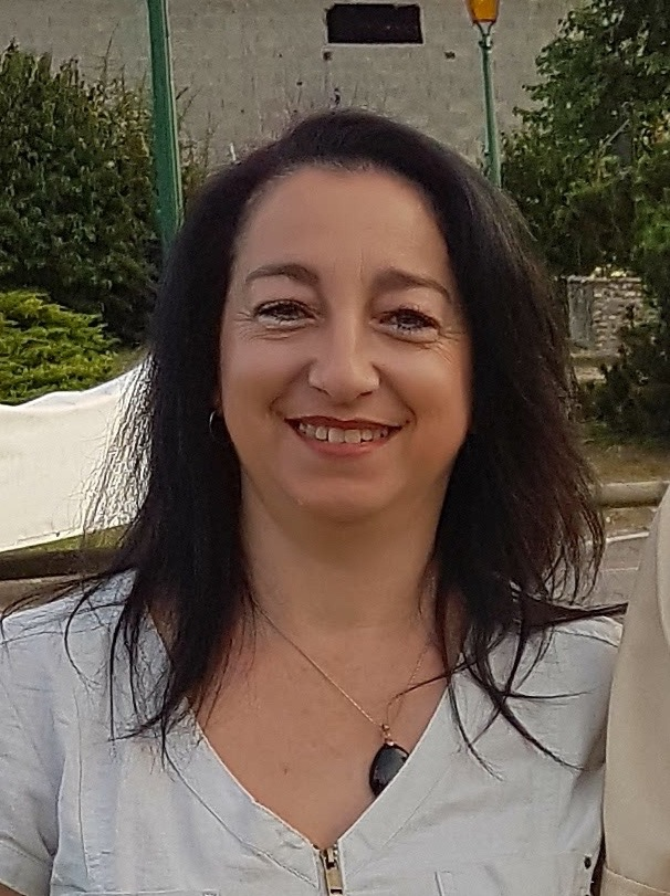 Sylvie Fierimonte (voir, cliquer sur la photo)